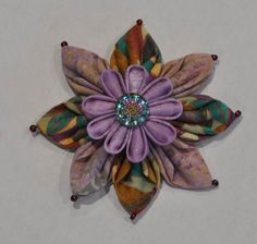 Kanzashi - how to fold petals and more! Free tutorial