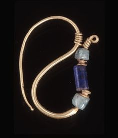 Ancient Roman - from the British Museum - Gold Ear Ring