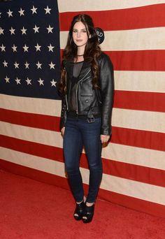 famosa mais bem vestida;  Lana