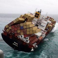 La peor pesadilla para un buque portacontenedores