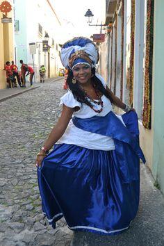 Salvador, fundada como São Salvador da Bahia de Todos os Santos, é conhecida pela sua gastronomia, música e arquitetura http://teresavaideferias.blogspot.pt/