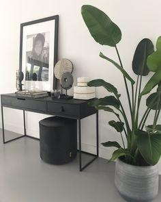 www.lifs.nl #lifs #interiordesign #interior #jaren30 #stalenpui #ontwerp #erker #maatwerk #kleur Home Decor Accessories, House Inspiration, Interior, Bedroom Decor, Home Decor, House Interior, Room Decor, Apartment Decor, Home Deco