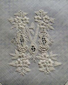 LE LINGE ANCIEN - Linge ancien, on… - Linge ancien ,de si… - Monogramme M pour… - JOLI MONOGRAMME… - Les petits… - Le blog de tissus-anciens