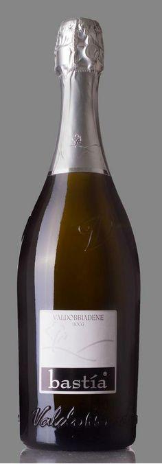 """I vini dell'Azienda Agricola Rebuli Michele sono: CARTIZZE Superiore Dry DOCG, Valdobbiadene EXTRA DRY DOCG, FRIZZANTE FII """"spago"""", FRIZZANTE CAPO DEGLI ONESTI fermentato in bottiglia e conservato sui lieviti, il vin col fondo. http://www.gotoprosecco.it/html5/922-Bastia-Rebuli-Michele"""