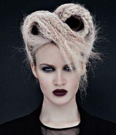 Die schönsten Hochsteckfrisuren jetzt auf www.my-hair-and-me.de