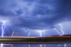 With Spring showers, we might get some lightning! Learn how to photo lightning like a pro from photog, Richard Gottardo.