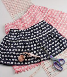 Tutorial: Little girl's drop waist gathered skirt