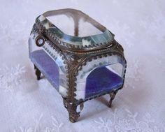 1900s French Chunky Beveled Glass Jewelry Casket Trinket Box Gold