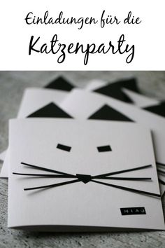 Catspiration: ideas for the cat party Invitations for the cat& birthday: the cat party starts well, meow! Cat Birthday, Birthday Cards, Happy Birthday, Birthday Parties, Puppy Party, Cat Party, Baby E, Party Cakes, Birthday Invitations