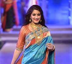 Sonali Bendre to promote Paithani weavers; to conduct a special exhibition for them!