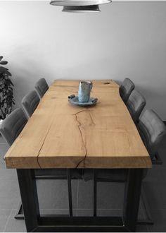 Boomstam tafel (300/90 cm)