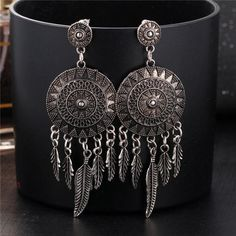 17KM 2016 Dream Catcher Hollow out Vintage Leaf Feather Dangle Earrings For Women Bohemia Style Earring Indian Jewelry