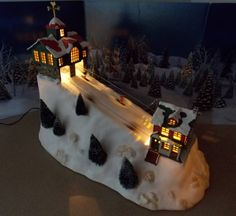 Christmas Village Ski Lift For Sale.Lemax Landscape Accent Medium Village Mountain Display