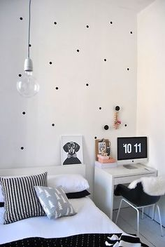 Lots of dots + black and white