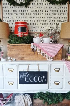 DIY simple rustic hot chocolate bar - super easy & fun for everyday & for holiday parties!