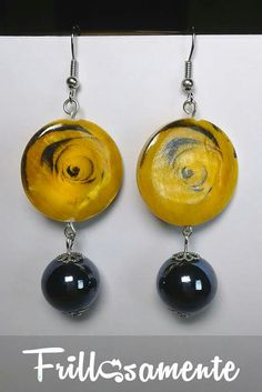 Handmade earrings #conchiglia #ceramica Seguici su Facebook su #Frillosamente