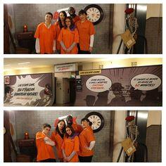 """Au début du mois, c'est le bureau qui est arrivé à la 2ème place de notre concours des décorations de bureaux pour Noël qui a profité de son cadeau (un bon de 100 euros) 🎁 pour faire un Escape Game !  Ils ont opté pour celui du CNIT, à la Défense, sur le thème de Prison Break ! Une belle expérience pour le pôle """"Gestion des docs"""" qui fait partie de l'équipe DAF ;)   #ORSYS #cadeau #concours #podium #cohésion #équipe #team #Paris  #LaDéfense #escapegame #PrisonBreak #jeu #teambuilding… Team Building, Formation Continue, Podium, Prison Break, Marketing, Place, Company Logo, Games, Digital Technology"""