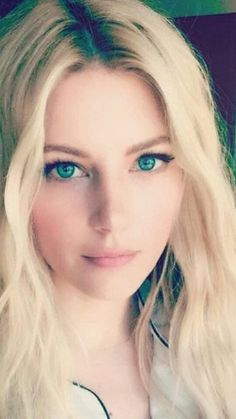 Beautiful Eyes, Simply Beautiful, Gorgeous Women, Hollywood Girls, Katheryn Winnick, Canadian Actresses, Pretty Woman, Beauty Women, Blonde Hair