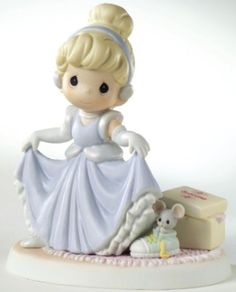 Your WDW Store - Disney Precious Moments Figurine - A Dream is a Wish Your Heart Makes Disney Precious Moments, Precious Moments Figurines, Disney Figurines, Collectible Figurines, Biscuit, My Precious, Your Heart, Disney Love, Disney Princess