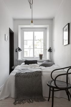 Small Bedroom Design With Minimalist Furniture. By read Small Bedroom Design With Minimalist Furniture will give you more design inspirations to decorate your home such as Popular Minimalist Bedroom Decorating Ideas. Small Bedroom Ideas On A Budget, Small Bedroom Designs, Budget Bedroom, Bedroom Decor, Cozy Bedroom, Scandinavian Bedroom, Narrow Bedroom Ideas, Bedroom Hacks, Minimalist Scandinavian