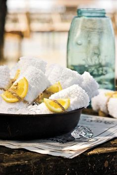 a lemony fresh idea for your guests to start an outdoor party or when the meal might be a bit messy. think crab legs or barbecue. Crawfish Party, Crab Party, Seafood Boil Party, Seafood Dinner, Crab Legs, Backyard Bbq, Backyard Parties, Summer Parties, The Ranch