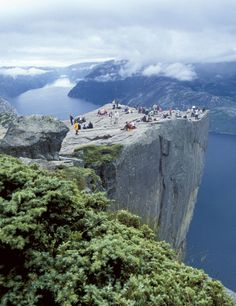 Noruega. El púlpito sobre los fiordos