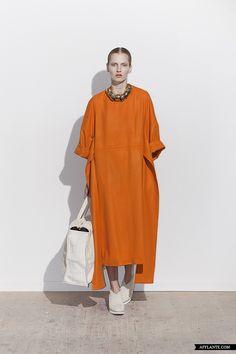 Femme Maison F/W 2012 Mijn kleur, draag het niet genoeg omdat het zo opvallen is. Als ik zo slank blijf de oranje en paarse jurk in laten halen, misschien bij tante Lummie