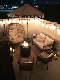 Backyard Seating, Backyard Patio Designs, Diy Patio, Patio Balcony Ideas, Small Patio Ideas Townhouse, Small Patio Design, Small Patio Spaces, Outside Patio, Furniture Ideas