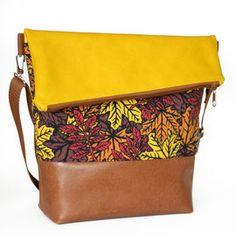 FoldOver Tasche von Hansedelli mit braunem und senfgelben Kunstleder und Jerseystoff mit Blättern von Astrokaze