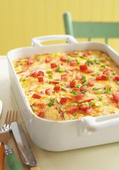 Crustless Bacon and Cheese Quiche – Fresh green onions, mushrooms, and tomatoes team up with eggs, bacon, sour cream, and cheese for a delicious quiche without the fuss of the crust!