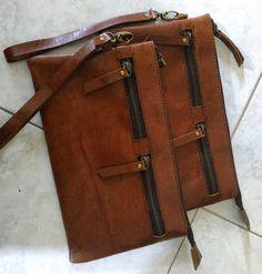 THANKS to DARWATI for custom this leather clutch special handmade for gift  pengen punya tas  kulit impianmu???  sepatu kulit impianmu??? atau jaket kulit?? atau aksesories  lainnya,,kami siap membantu kamu mewujudkannya.. diby leahter wholesale,retail,and made to order..SPECIAL HANDMADE PRODUK KULIT ASLI.. NO SINTETIS..HANYA KULIT ASLI YA..(sapi,kambing ,domba,ular,pari,kelinci,biawak) kwalitas terjamin.. bisa custom sesuai model,warna dan brand kamu sendiri,NO MINIMUM ...