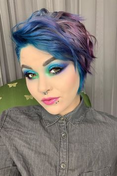 Arctic Fox hair color is vibrant, long-lasting, semi-permanent hair dye that is made in the USA. Periwinkle Hair, Purple Hair, Bright Hair, Colorful Hair, Hair Dye Colors, Hair Colour, Arctic Fox Hair Dye, Permanent Hair Dye, Color Melting
