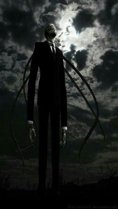 SLENDER MAN LOOKS SO COOL!!!