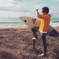7.30 in the morning. South of Puglia/ time To surf #stoneisland #philippemodel #surf #wave #nature #kitesurf #ironman #watch #contrestyle