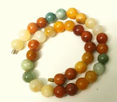 Stone beads oriental necklace