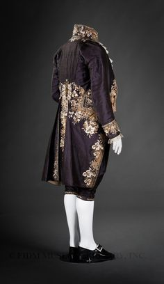 Court suit  Uncut voided silk velvet, silk faille, silk embroidery floss, gold & silver embroidery purl & frieze, rhinestone & metal sequins  c. 1810-14  Paris, France  Gift of Yvonne Hummel  2008.947.2A-C