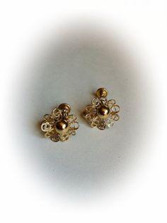 Vintage Gold Tone Metal Filigree Earrings by ArtDecoDame on Etsy