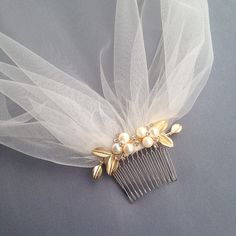 Bridal Veil Birdcage vintage ivory champagne gold hair comb pearl rhinestone leaves flowers
