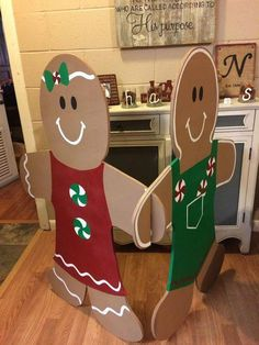 27 Fabulous Outdoor Christmas Decorations for a Winter Wonderland – Weihnachten … – The Best DIY Outdoor Christmas Decor Gingerbread Christmas Decor, Candy Land Christmas, Outside Christmas Decorations, Gingerbread Decorations, Christmas Garden, Christmas Projects, Simple Christmas, Holiday Crafts, Office Decorations