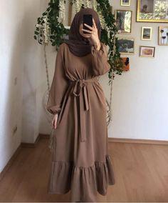 Niqab Fashion, Modest Fashion Hijab, Modern Hijab Fashion, Hijab Fashion Inspiration, Muslim Fashion, Modest Outfits, Modest Dresses, Fashion Outfits, Maxi Dresses