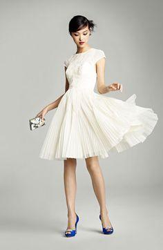 Brunch Wedding: Nordstrom & Macklemore inspired wedding dress. Seattle Bride Mag 2013