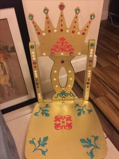 I found some old wooden children's chairs at a consignment shop and turned them into Royal Princess Thrones for my daughter's 4th birthday party! Super easy and super cute!    Princess Birthday Party Ideas, Elena of Avalor, Princess chair, Throne, Birthday Chair, hand-painted chair Birthday Chair, Birthday Diy, Princess Birthday, Princess Party, Princess Chair, Royal Princess, Diy Halloween Decorations, Birthday Party Decorations, 6th Birthday Parties
