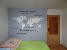 How to paint the world map on the wall