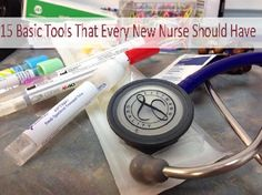 15 Basic Tools That Every New Nurse Should Have in Nursing Bag – Online Nursing… College Nursing, Nursing School Tips, Nursing Career, Nursing Tips, Nursing Notes, Icu Nursing, Nursing Schools, Nurse Bag, New Nurse
