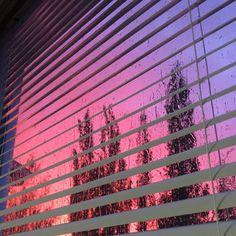 Imagem de sky, pink, and purple Pretty Sky, Beautiful Sky, Sky Aesthetic, Aesthetic Grunge, Look At The Sky, Pink Sky, Purple Sunset, Sky Sunset, Aesthetic Wallpapers