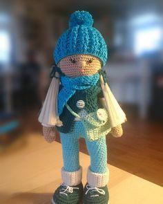 Skończona. #lalka #lala #dolls #doll #dollmaker #crochet #craft #szydełko #szydelkowanie #amigurumi #handmade #rękodzieło #polkarobisama #madeinpoland #zrobionewpolsce #robionerekami Tiana, Crochet Hats, Instagram, Fashion, Knitting Hats, Moda, Fashion Styles, Fashion Illustrations