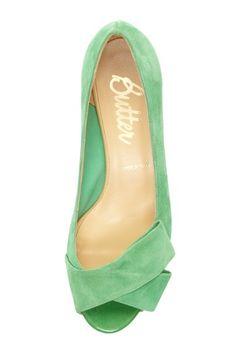 little green peep-toe. // butter.