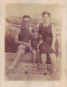 unknown family @ Tybee dated August 1916