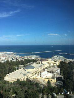 La baie d'Alger. Vue du balcon de l'hôtel El Aurassi