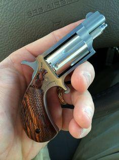 Derringer Pistol, Revolver, Weapons Guns, Guns And Ammo, Handgun For Women, North American Arms, Pocket Pistol, Fire Fire, Outdoor Tools